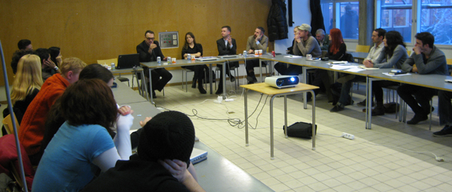 Michael Speaks in the seminar with students from Perfromative Design and Architectures of Interdisciplinarity
