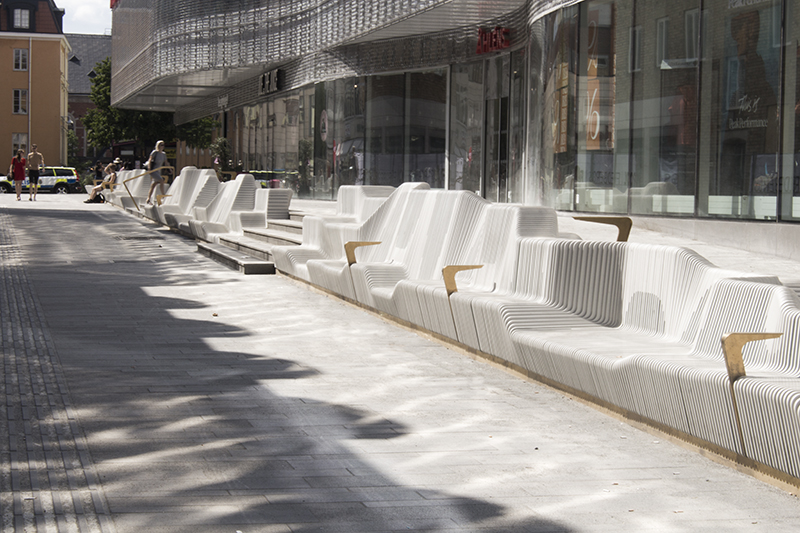 The Forumtorget bench on-site